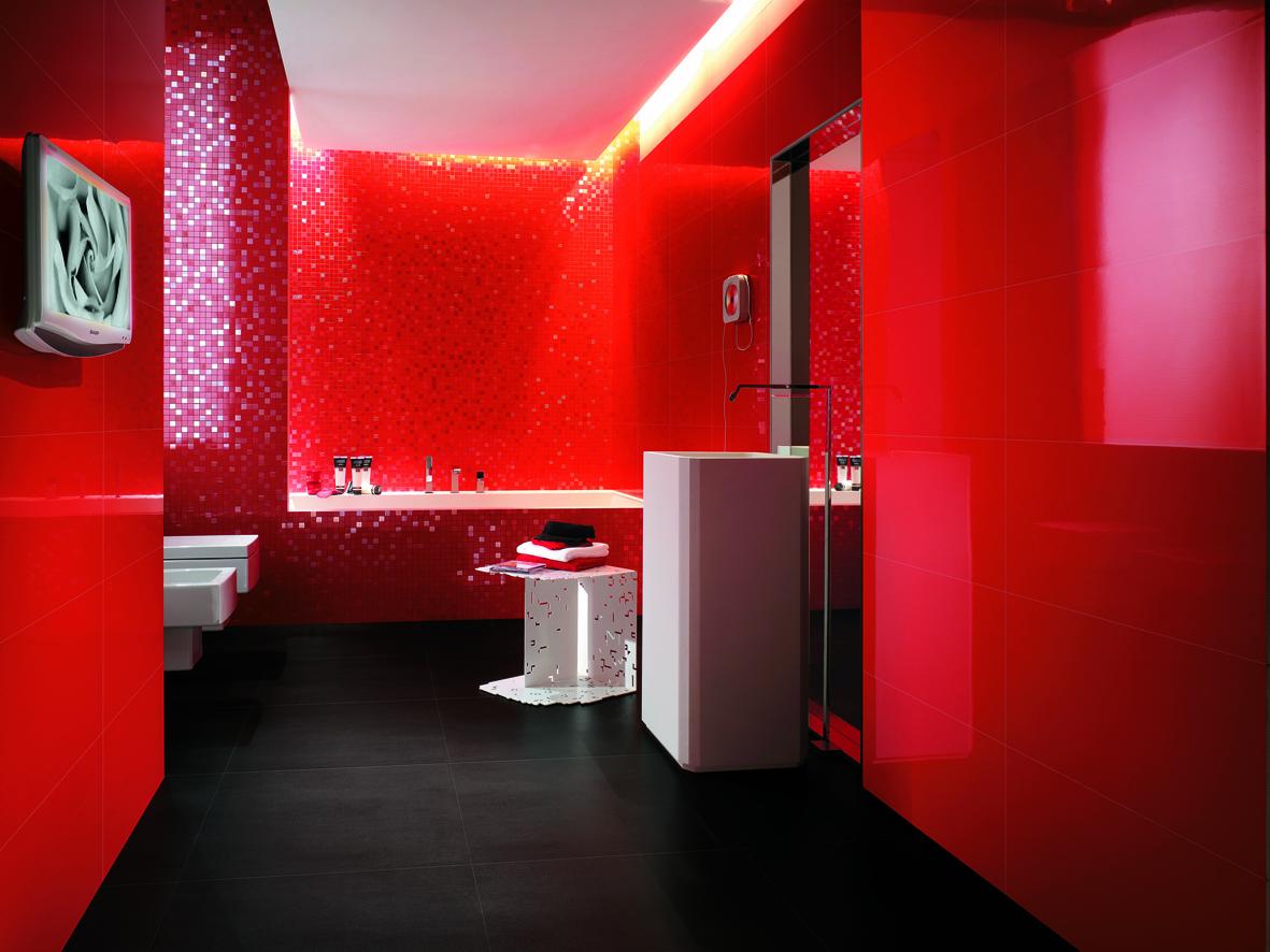 Дизайн ванной красная плитка черная ванная